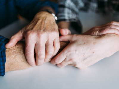 Hands holding (Image Credit: Freepik)
