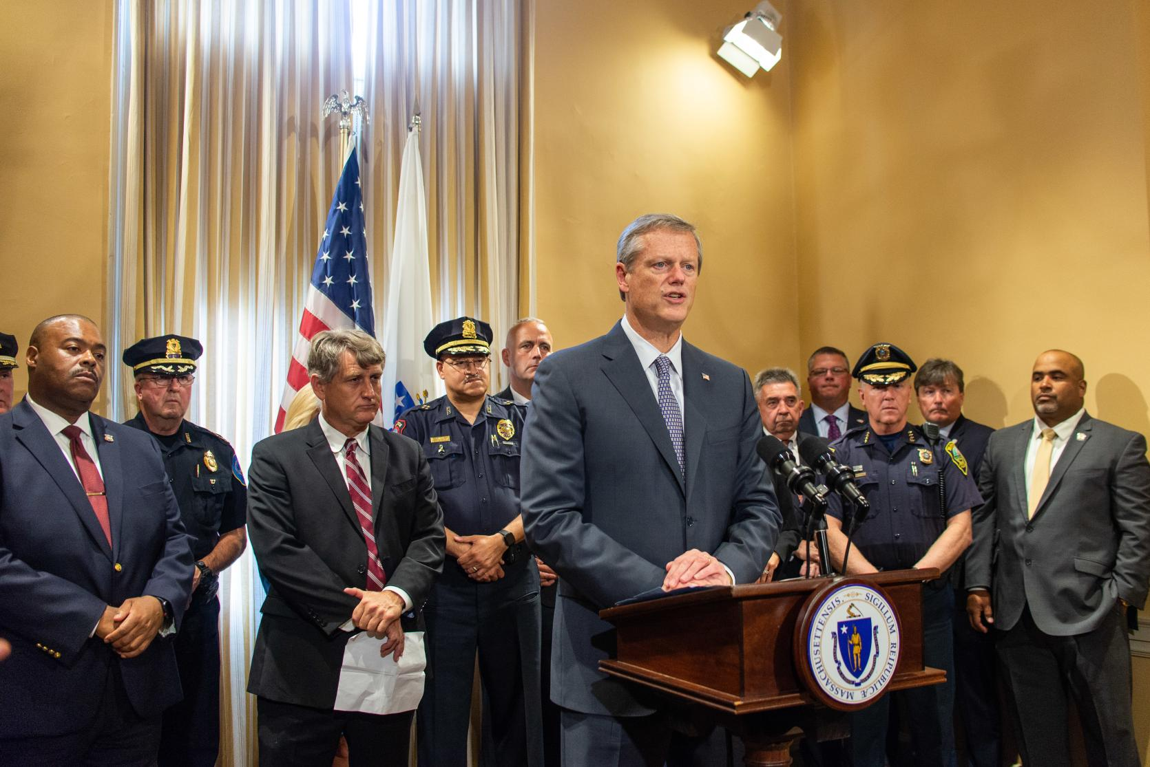 Governor Baker announces dangerousness legislation with members of law enforcement and district attorneys.